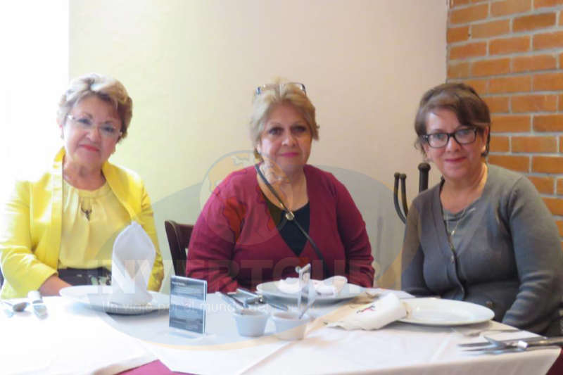 Dolores Carrillo, Silvia Castro y Marcela Camarillo