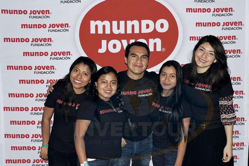 Diana Santis, Esmeralda de Jesús Méndez, Juan Vázquez, Sandra Hernández y Karla Martínez