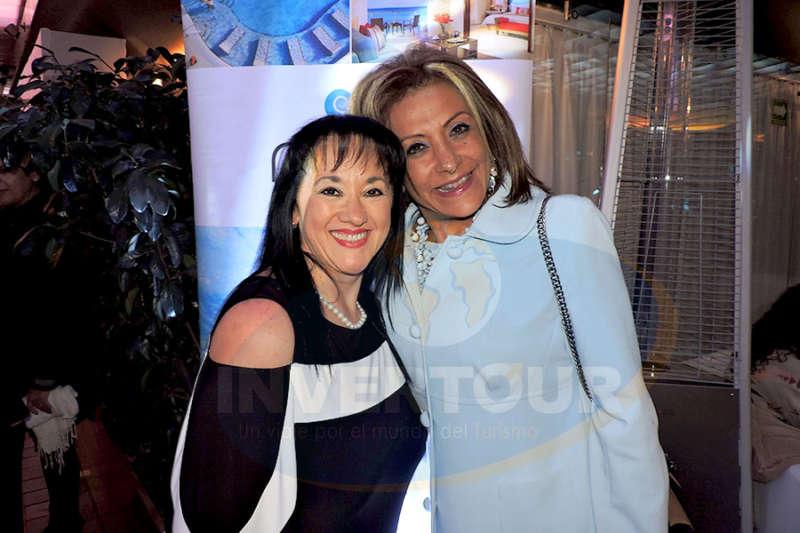 Yarla Covarrubias con Judith Guerra