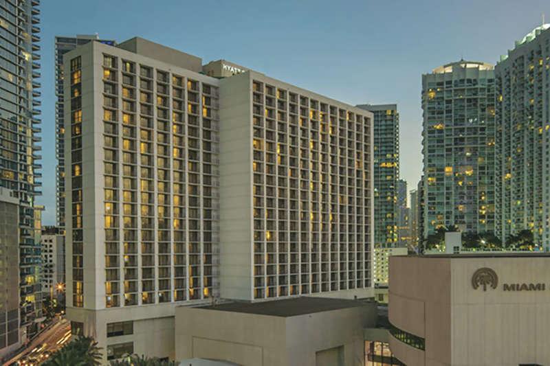 Hyatt-Regency-Miami-P131-Hotel-Exterior-Dusk.masthead-feature-panel-medium.jpg
