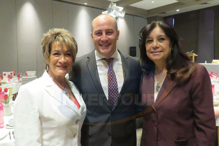 Connie Martin, Federico Monterrubio y Elizabeth González