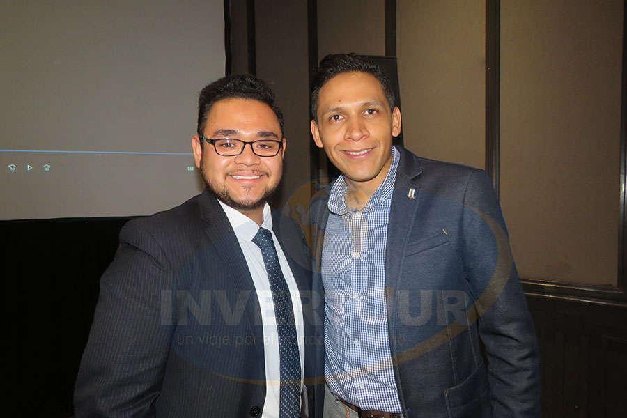 Arturo Cabañas con Rodrigo García