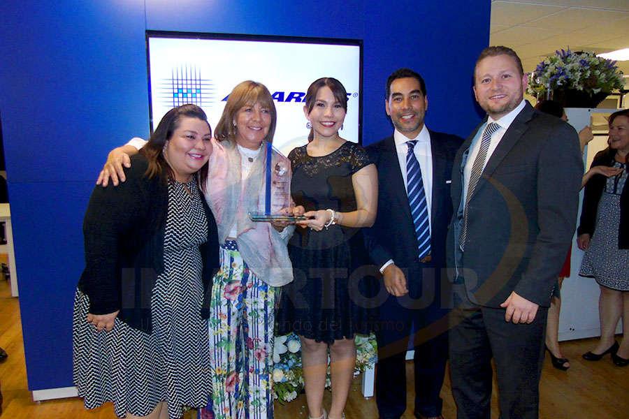 Celida Puente, Carolina Cinta, Dulce Castro, Rafael Aponte y Juan Socas