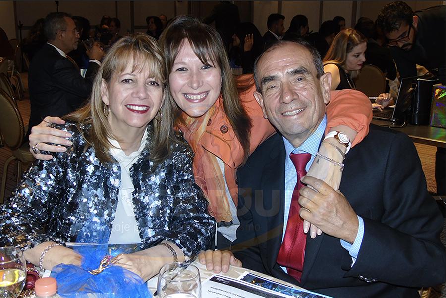 Graciela Curiel, Verónica Mittel y Rodolfo Curiel