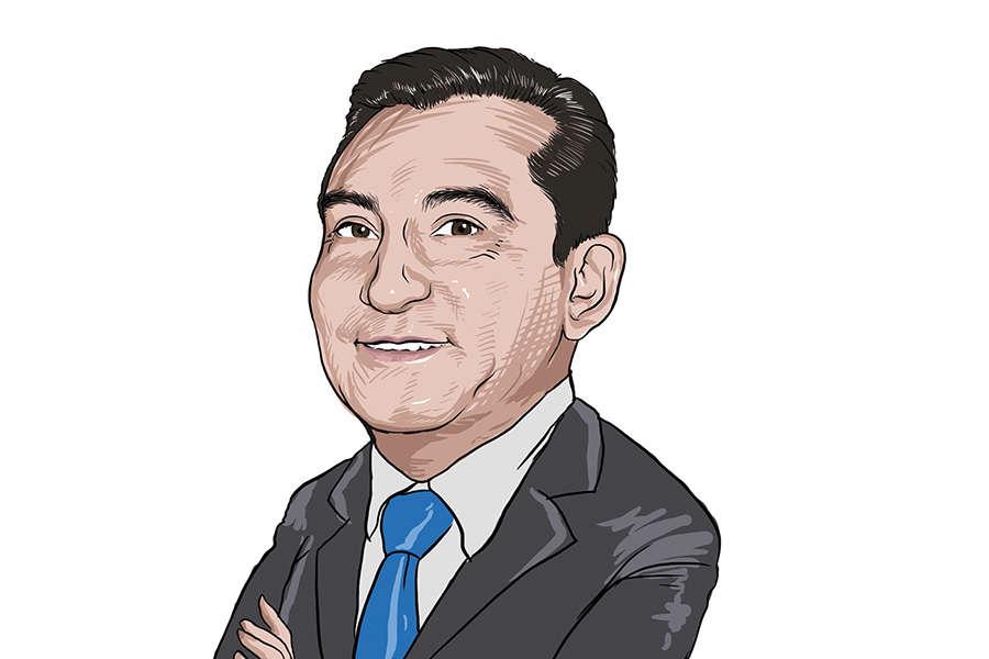 Edgar Solís