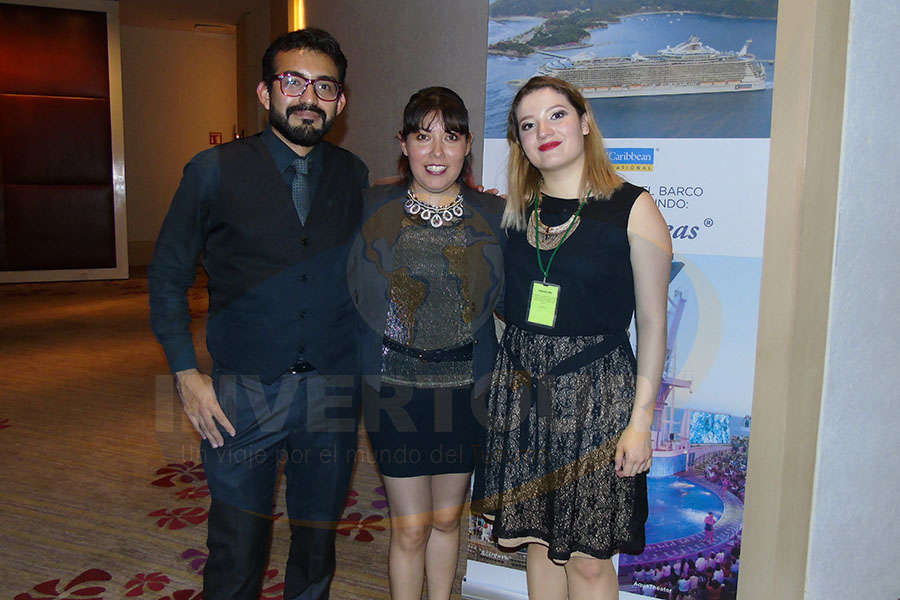 Rivai Chávez, Diana Serrano y Karina Balderas