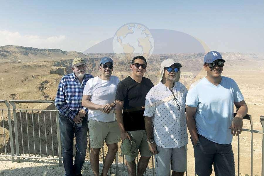 Jorge Sales, José Luis Viveros, Edgar Solís, Jaime Rogel y Giancarlo Mulinelli en Massada