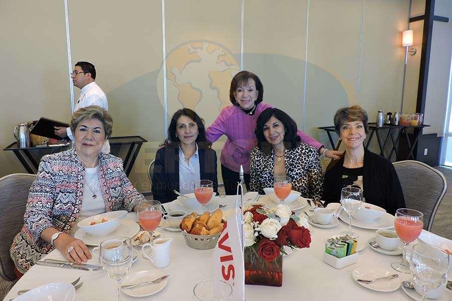 Sonia Madrid, Maricela Pérez, Teresita Muñoz de Luna, Maricela Domínguez y Olga Pulido