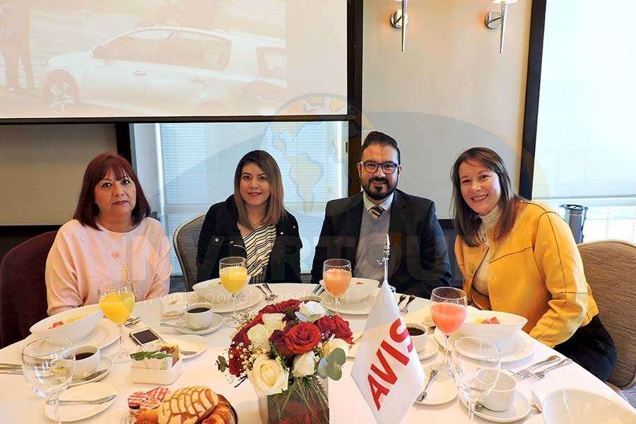 Trinidad Negrete, Marlene Estrada, César Sánchez y Verónica Mittel