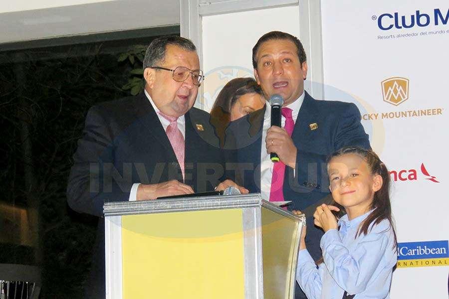 Ángel, Roberto y Constanza Trauwitz