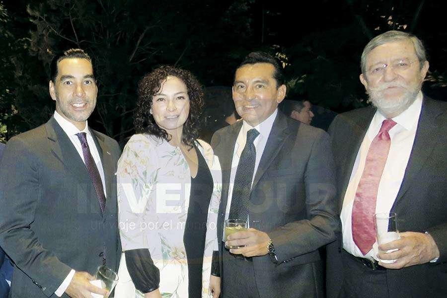 Rafael Aponte, Erika Moreno, Edgar Solís y Jorge Sales