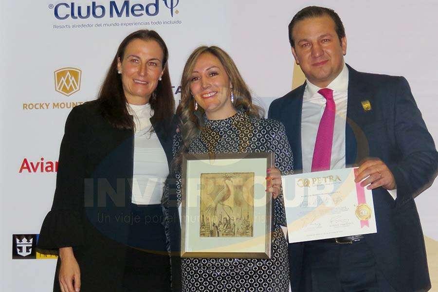 Sandra Weber, Jenny Zapata y Roberto Trauwitz