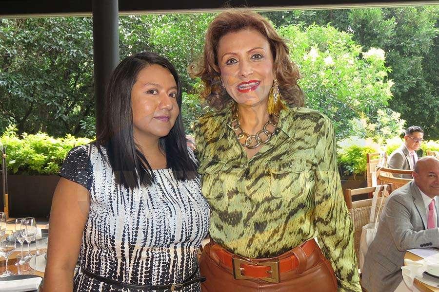 Patty Torres con Judith Guerra