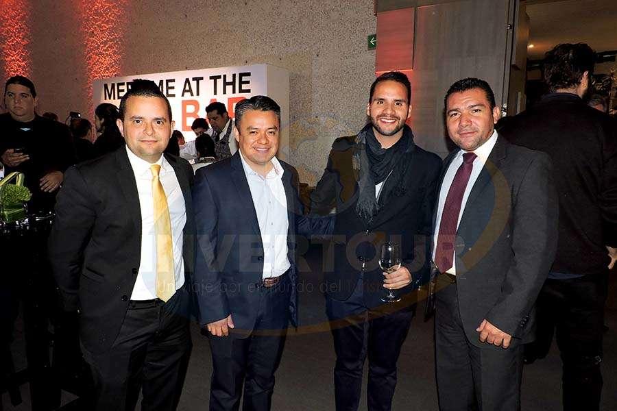 Mauricio Bustamante, Javier Linares, Sergio Sandoval y Alejandro Pérez