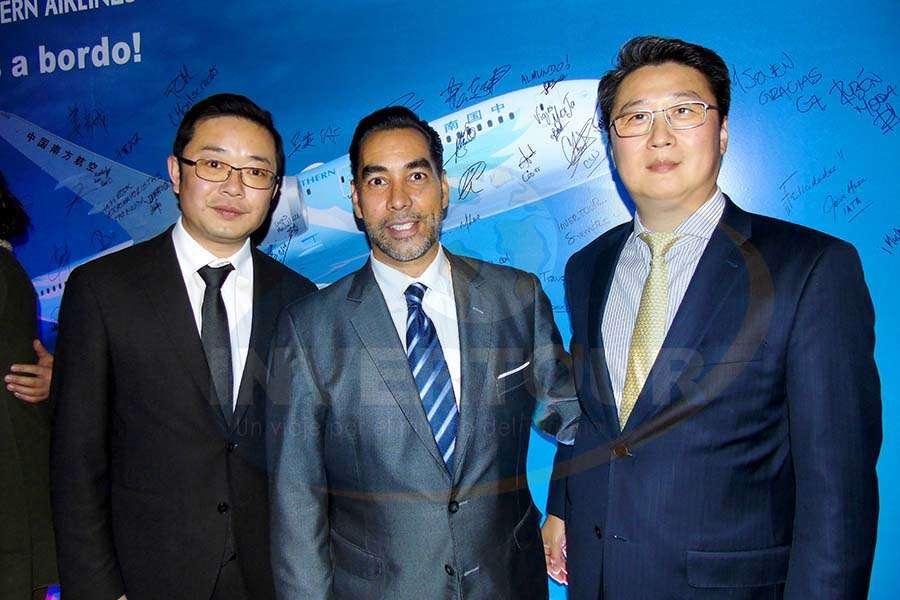 Wu Yingjun, Rafael Aponte y Kevin Hou