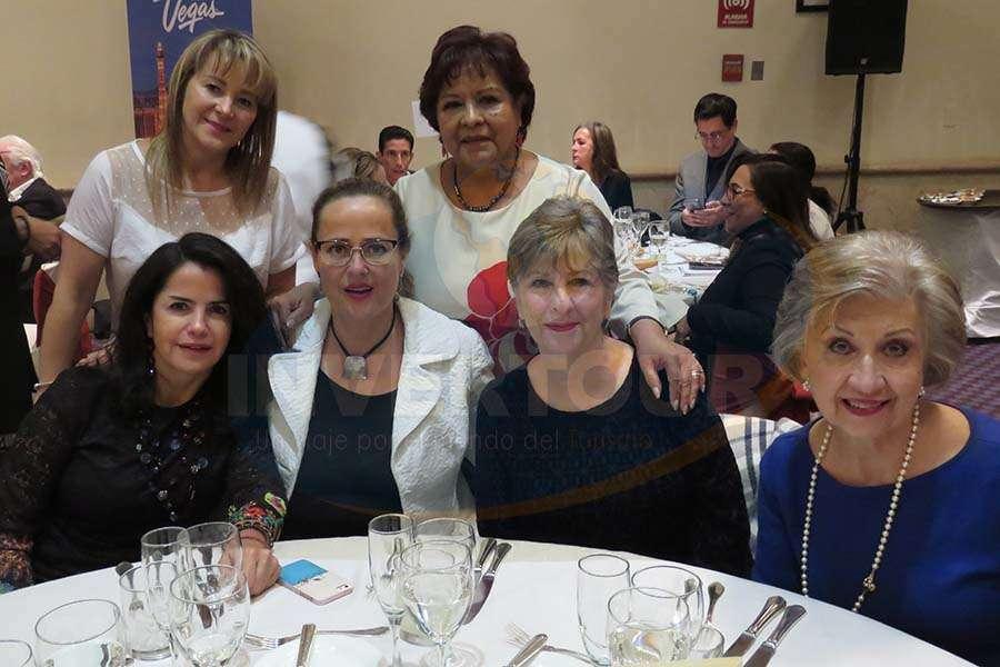 Sara Gomezortigoza, Susy Orizaga, Luz María Larrondo, Maite Mijares, Bárbara Jackson y María Luisa Luengas