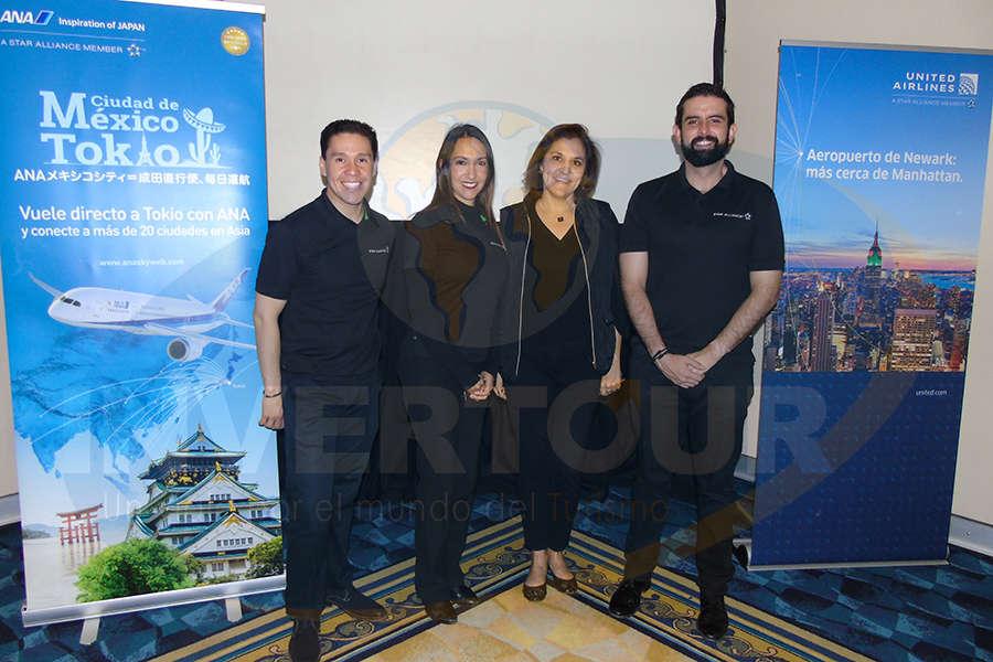 Akira Estevez, Nalleli Corona, Carolina Ruíz y Eduardo Barillas