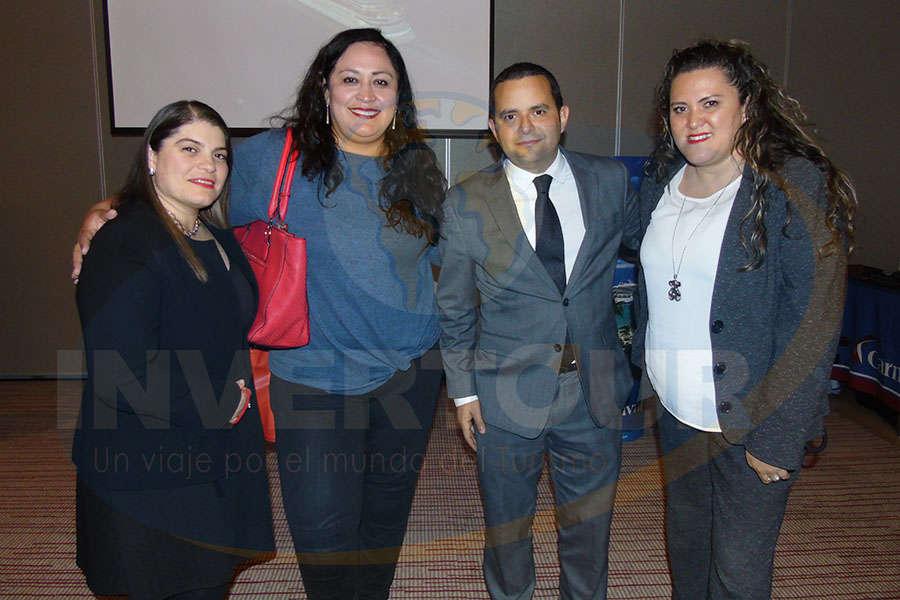 Lorena Puente, Karla Coxtinica, Mauricio Bustamante y Aidee Santos