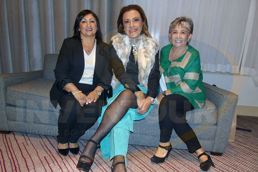 Larissa Riquelme, Judith Guerra y Lilia Riquelme