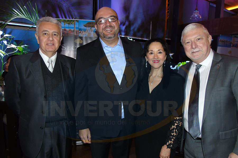 Carlos Collado, Pablo Castro, Yarla Covarrubias y Claudio Zboznovits