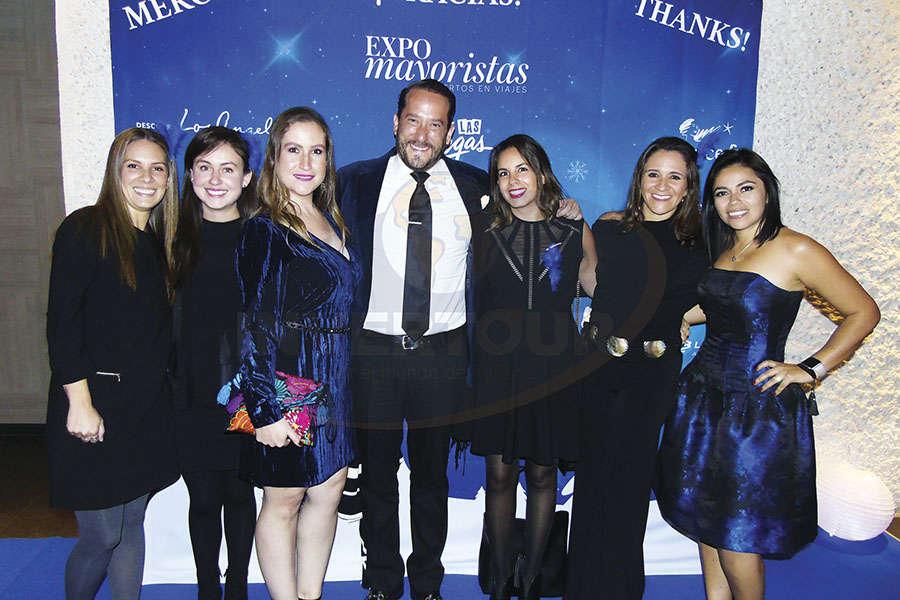 Dani Madrid, Lillian Toro, Carla García, Jorge Sales Jr., Erika González, Alejandra Romero y Mariana Pérez