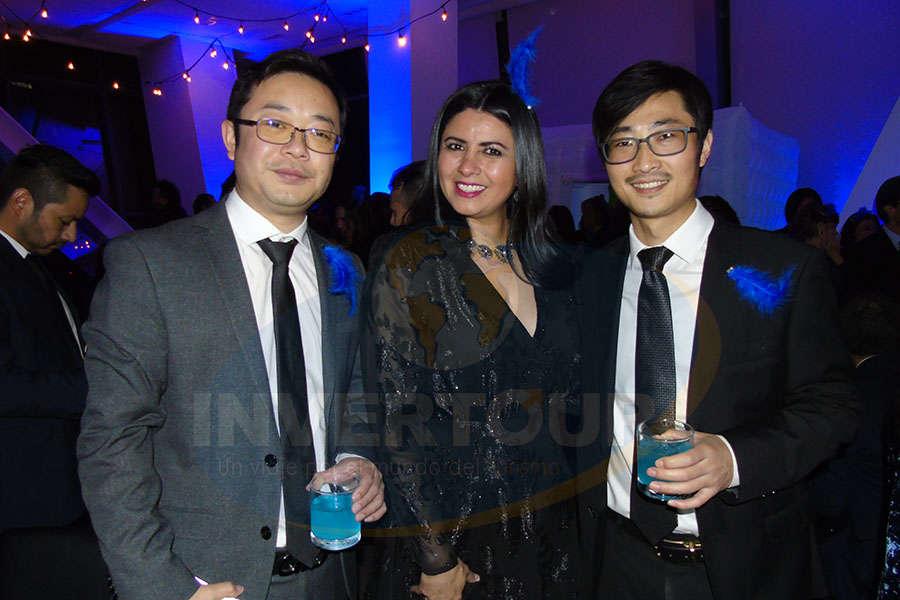 Wu Yingjun, Betty Sandoval y Diego Jiang