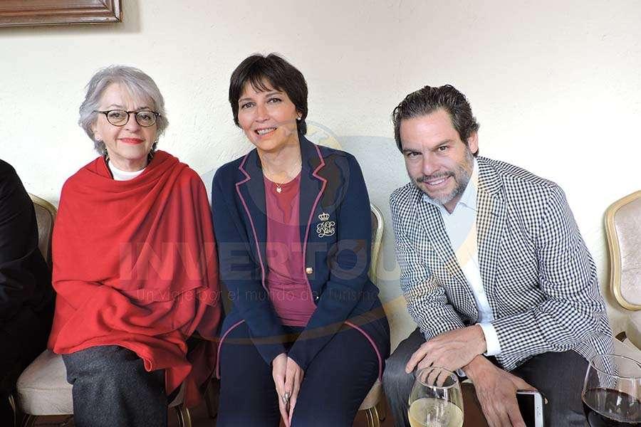 Ana Soro, Bárbara Karim y Alex Mendiola