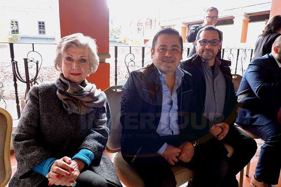María Luisa Luengas, José Luis Gómez y Alex Pérez