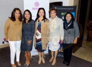 Brenda López, Ilse González, María de Jesús Porras, Yarla Covarrubias, Arlina Zurita, Karim Baldamus y Adriana Flores