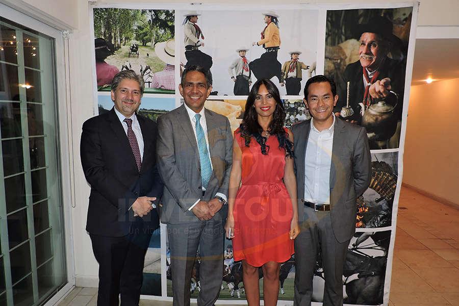Alejandro Torres, Mauro Arredondo, Nadia Loza y Diego Bermúdez