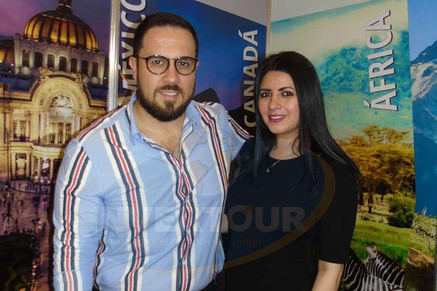 Óscar Isgleas con Betty Sandoval