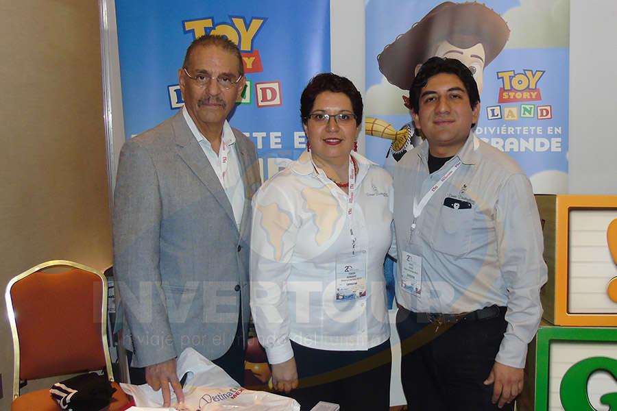 Carlos Salazar, Yunuen Hernández y Manuel Osorio