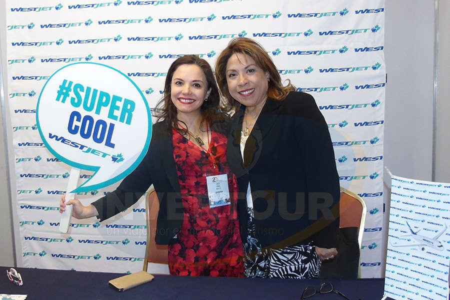 Carla Ponce con Lourdes Castillo