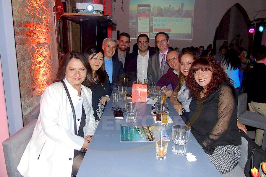 Lilia Martínez, Takako Yamada, Miguel Gómez, Eduardo Barillas, Eduardo Gómez, Rolf Meyer, Carlos Novelo, Miriam Sánchez y María Fernanda Rodríguez