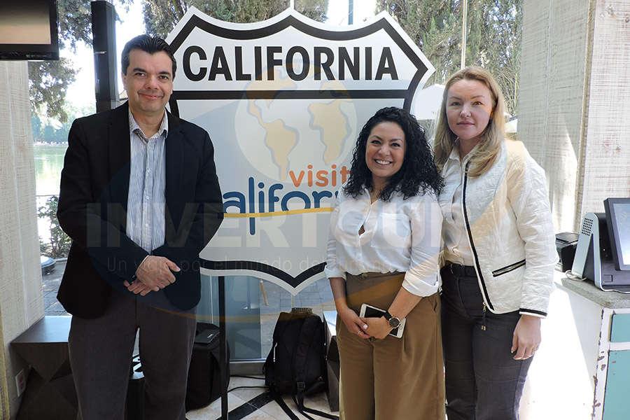 Carlos Allende, Carolina Trasviña y Laura Nesteanu