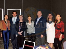 Kori Cicero, Paul Fuentes, Géraldine López, Lilia Figueroa, Philip Wigglesworth, Karina González y Ofelia Barrios
