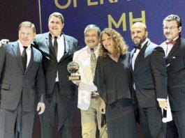Gavin Smith, Sean Tracy, Jesús y Maricarmen Martínez, Manlio Carpizo y Alberto Muñoz
