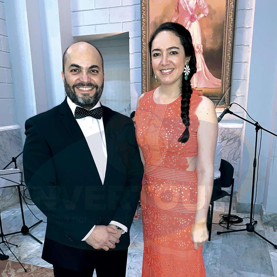 Manlio Carpizo con Fernanda Maldonado