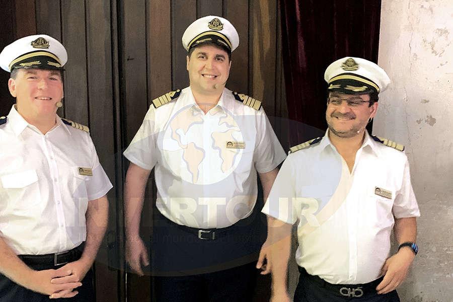 Gavin Smith, Sean Tracy y Alberto Muñoz