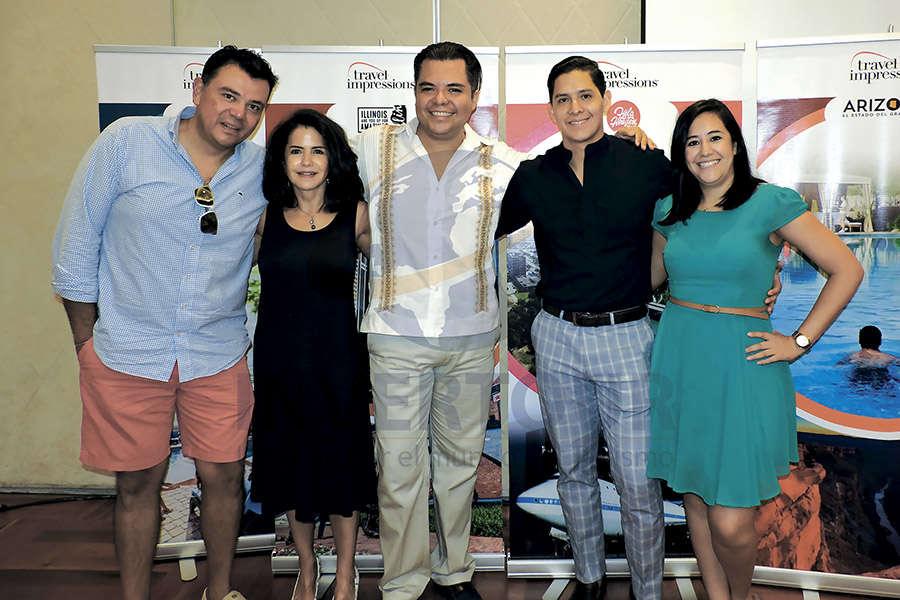 Mauricio González, Susy Orizaga, Mauricio Castillo, Miguel Miranda y Mariana Briseño