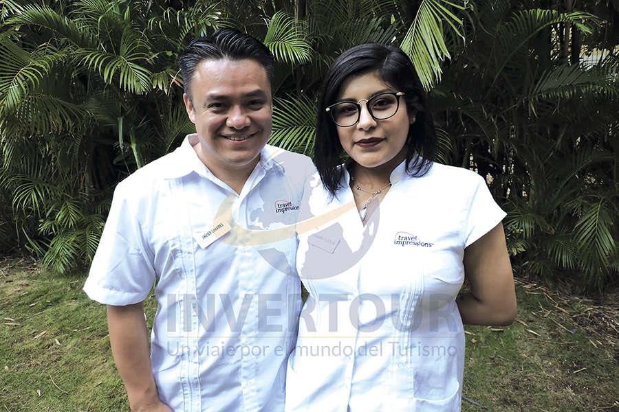 Javier Linares con Alejandra Tlatelpa