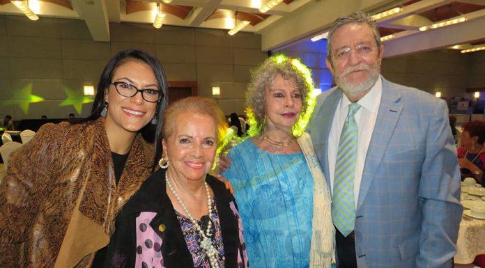 Ana Serrano, Emmita Lammoglia, Berenice Lozano y Jorge Sales