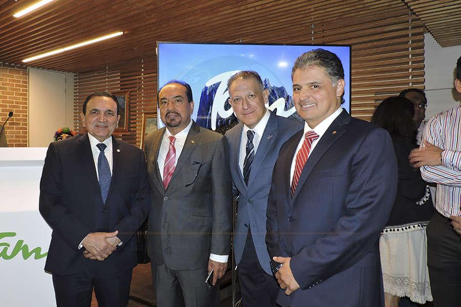 José Manuel López Campos, Jorge Hernández, Alex Pace y Julio Almanza