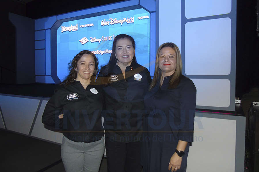 Idalis Mercado, Norma Pérez y Carolina Moreno