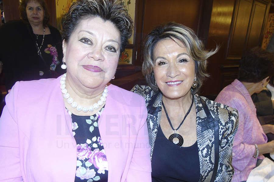 Rosario Castro y Connie Martin
