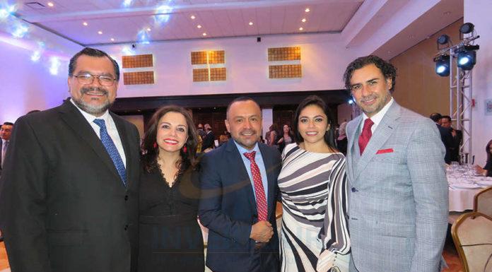 Octavio Aguilar, Carla Ponce, Miguel Galicia, Mariana Pérez e Isidrio Huerta