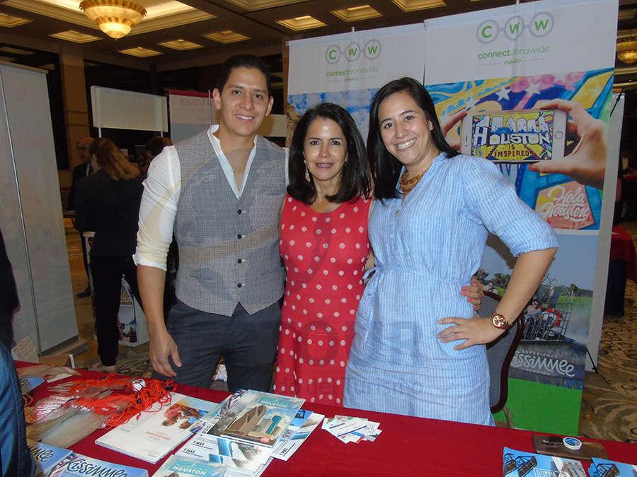Miguel Angel Miranda, Susy Orizaga y Mariana Briseño