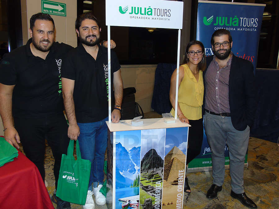 Óscar Isgleas, Nestor Trápala, Ana Serrano y Oriol Riera