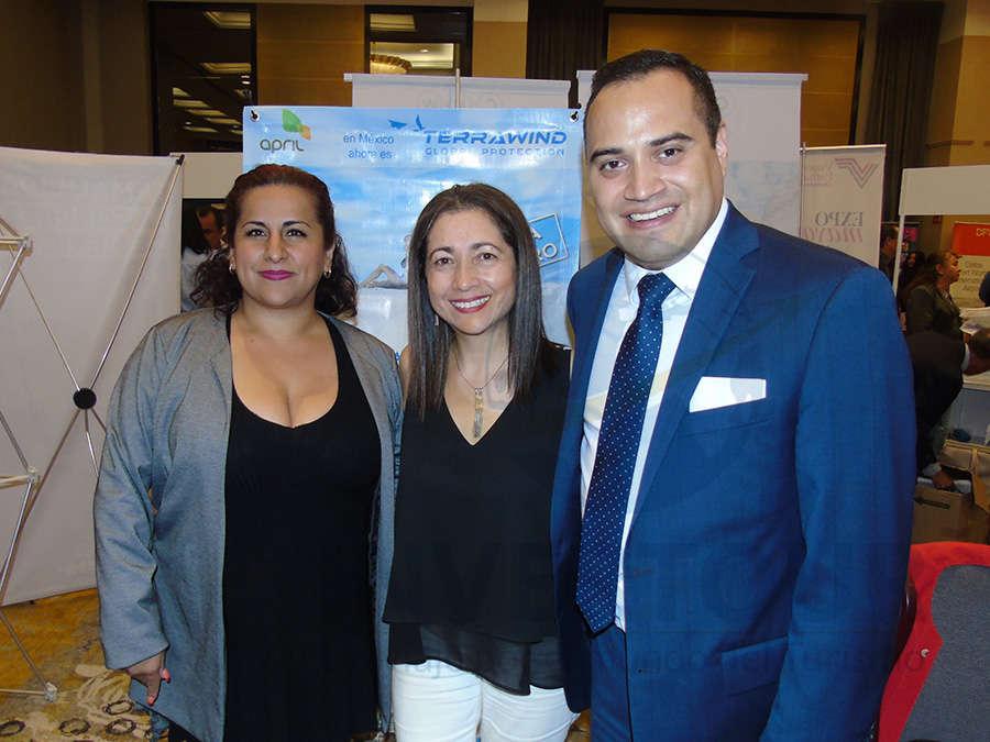 Patricia García, Claudia Vásquez y Mauricio Quintana