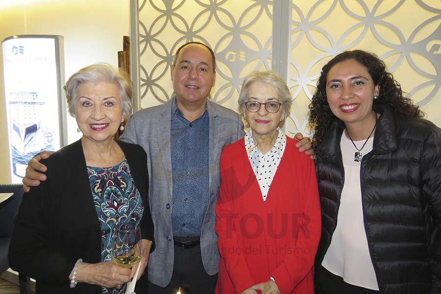 María Luisa Luengas, Humberto Avelar, Ana Soto y Linda Loranca